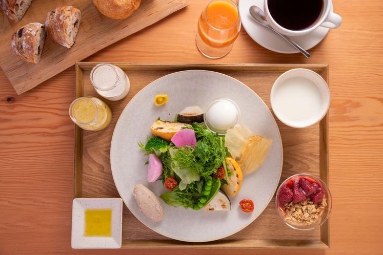 東山 四季花木オリジナル朝食