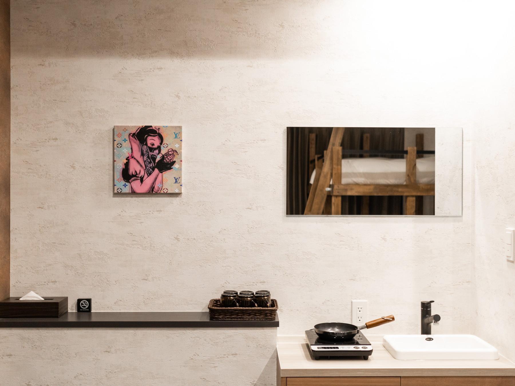 おしゃれな絵画がお部屋を彩る