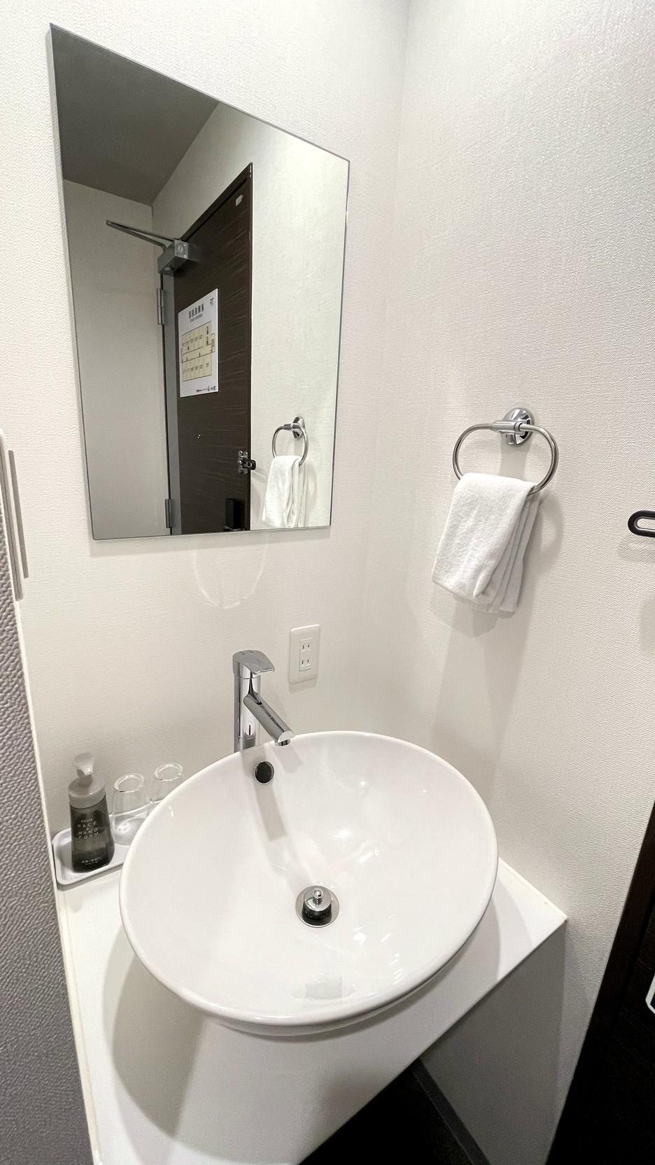 シングルルーム シャワーブースタイプ 洗面台