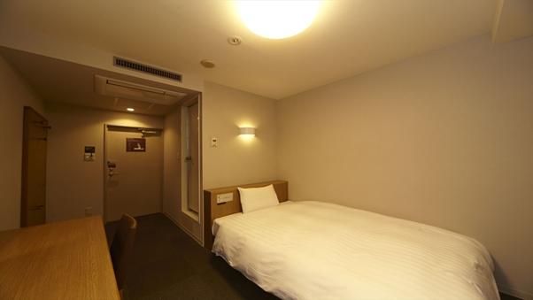 ◆喫煙シングル◆WiFi完備&サータ社製ベッド