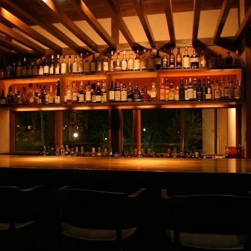 ●Nicol's Bar(ニコルズ・バー)