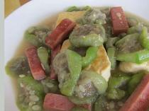 沖縄料理 ナーベラー(へちま)炒め