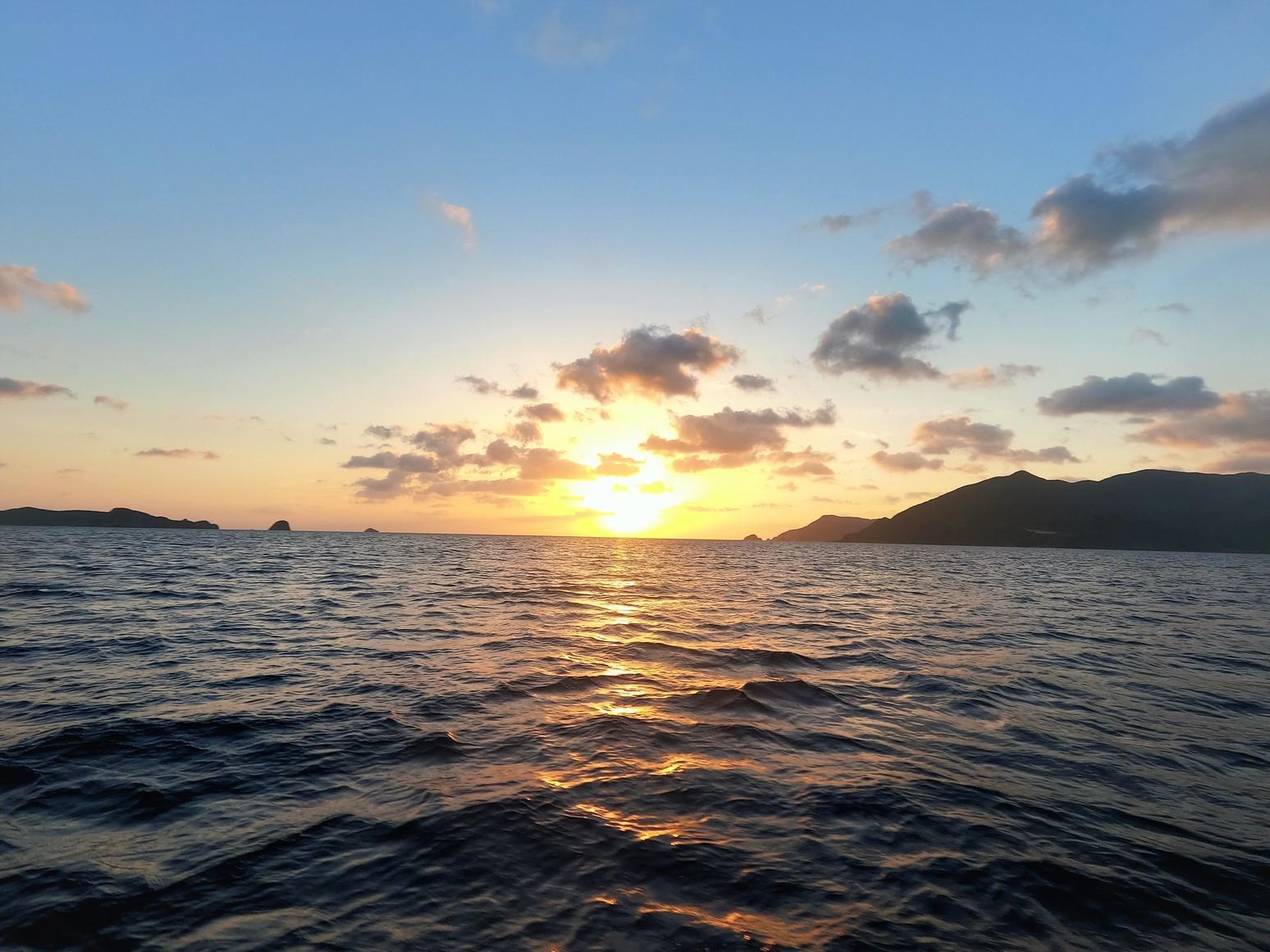 加計呂麻島の夕日