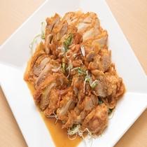 【台湾料理昇龍】四川風細切り鳥肉の炒め♪ビールのお供にピッタリです♪