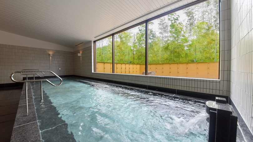 **【大浴場(一例)】広々とした大浴場で、ゆっくりと旅の疲れを癒してください。