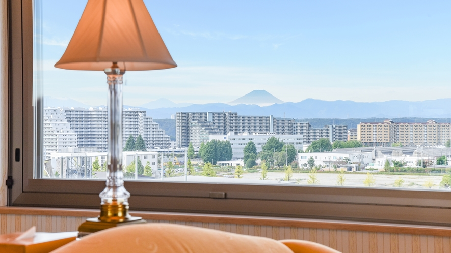 *【部屋(コーナーツイン)】一部客室からは天気のいい日は富士山をご覧いただけます。