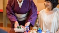 **【昭和の森 車屋(一例)】季節に合わせたお料理とお飲み物を、季節に合わせた盛り付けで