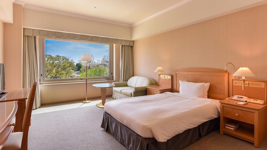 **【シングルルーム(一例)】大きめのシングルベッドとソファベッドを完備した1~2名様用のお部屋