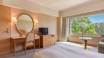 **【シングルルーム(一例)】大きめのシングルベッドとソファベッドを完備した1~2名様用のお部屋。