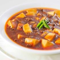 *【夕食・中国料理(一例)】当館自慢の中国料理をお召し上がりください