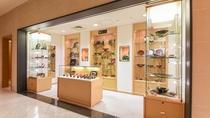 **【館内(平安堂)】漆器で有名な「山田平安堂」の商品を取り扱っております