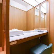 *【風呂(パウダールーム)】女性大浴場にはパウダールームもございます