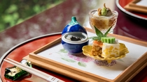 **【昭和の森 車屋(一例)】季節に合わせたお料理を、季節に合わせた盛り付けで
