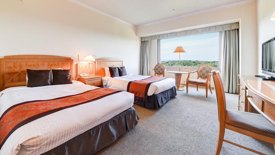 **【部屋(スタンダードツイン)】120cm幅のセミダブルのベッドが2つあり、2名様まで宿泊可能