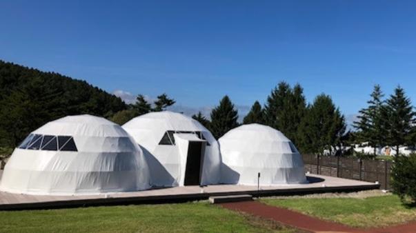 エグゼクティブスイート・トリプルドーム(6m+7m+6m)