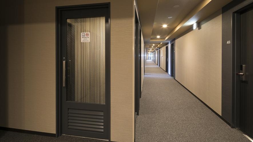 <喫煙コーナー>客室は全室禁煙 喫煙コーナーは1・2・4・5・7階に設置