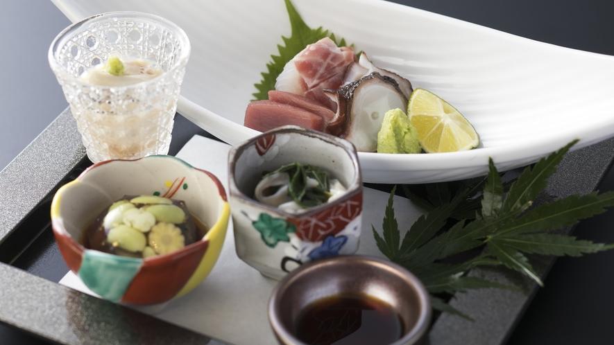 <夕食>和洋折衷ハーフバイキング 前菜料理・造里一例(係りがお席まで料理をお持ちいたします)