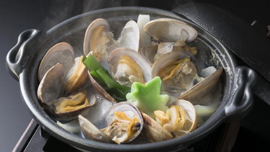 <夕食>和洋折衷ハーフバイキング 温物料理一例(係りがお席まで料理をお持ちいたします)