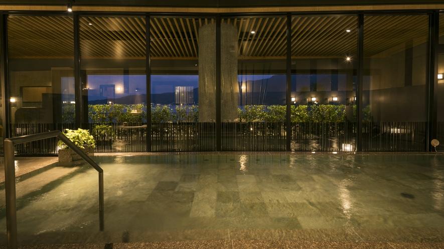 <天然温泉>「日本三景 みやじまの湯」女性用内湯 営業時間:15時~26時/5時~10時