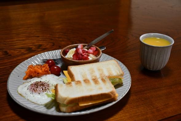 【朝食無料】和室シングルルーム、共有トイレ/シャワー【ゲストハウスはちはち高野山】