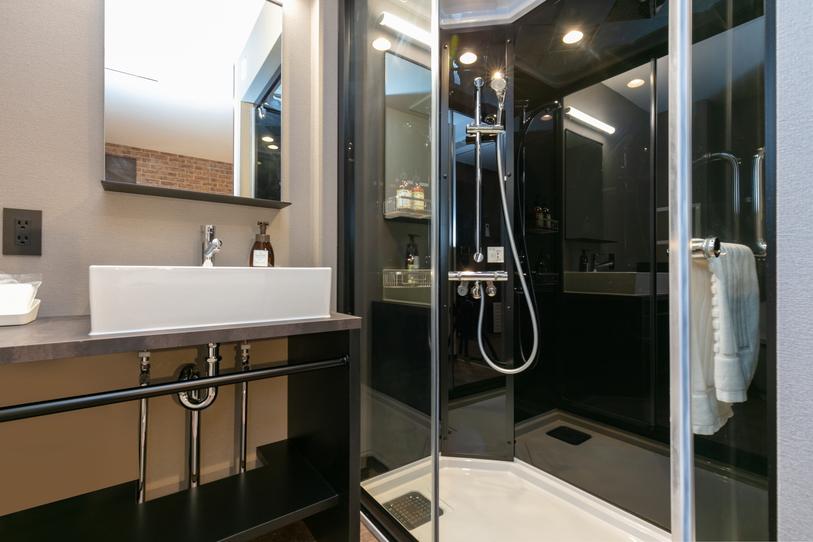 洗面化粧台・シャワーブース
