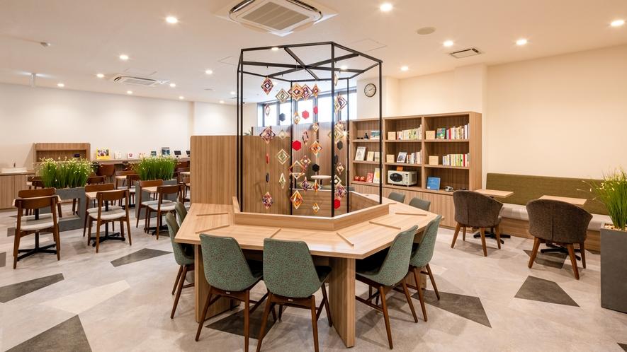 【ライブラリーカフェ】お仕事や商談、旅の相談スペースとしてもご利用いただけます