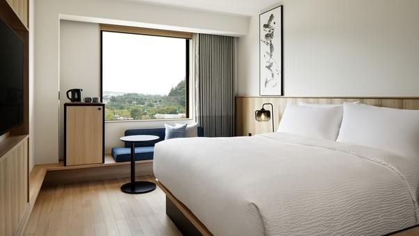 【禁煙】キングルーム 25平米 <ベッド幅180cm×1台>