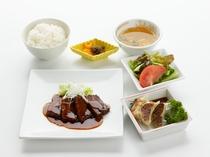 【レストランメニュー】豚の角煮セット