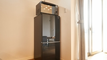 電子レンジ、冷蔵庫