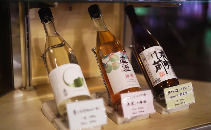 信州のお酒を各種取り揃えています。「夜明け前」が人気です。