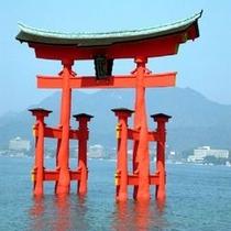 宮島のシンボル厳島神社の大鳥居