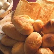 軽朝食のパン3種