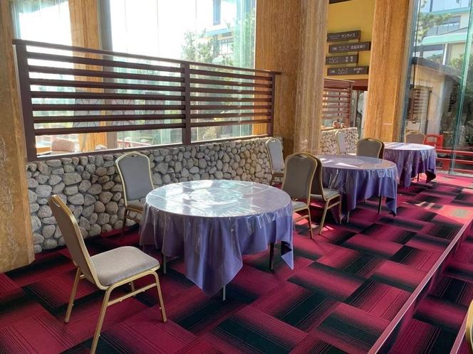 1階ラウンジ 朝食会場