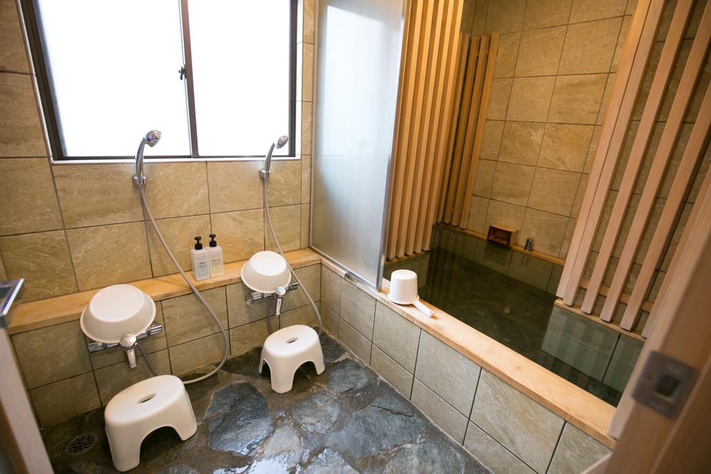 101号室 大浴場