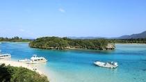 【川平湾】石垣島で最も美しいとされる景勝地