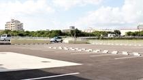 【駐車場】駐車場は無料で、約60台停めることができます。