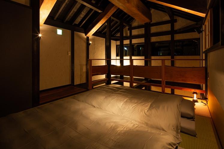 蔵2階(夜景)