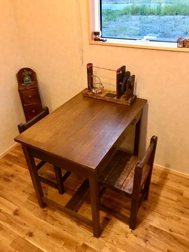 別室テーブル