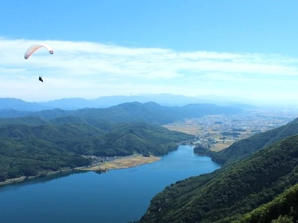 水の街、お隣大町。夏の木崎湖の爽やかな風の中で・・・