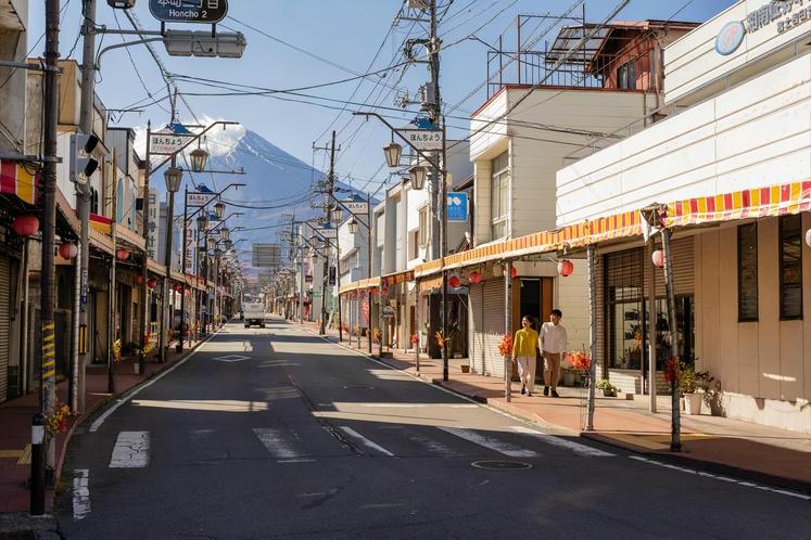富士吉田のレトロな街並み