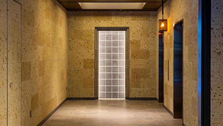 【1Fエレベーターホール】