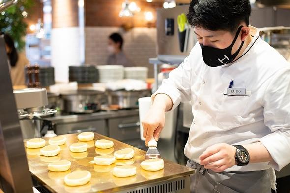 【朝食付】限定30食!ぷるふわパンケーキが自慢の朝食が半額以下の800円でご提供!