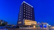ホテルNo.1新居浜外観夜のイメージ