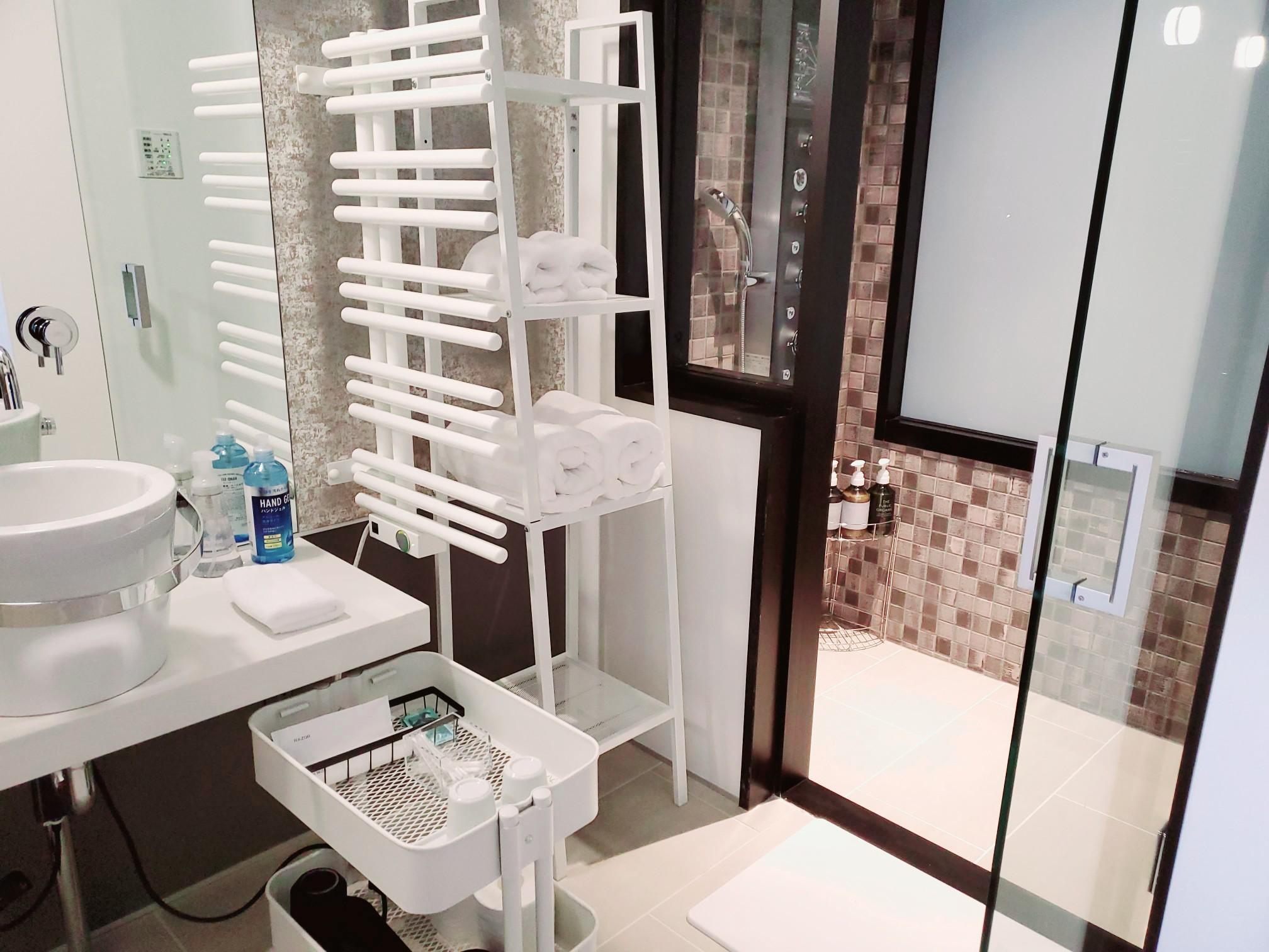 客室洗面2