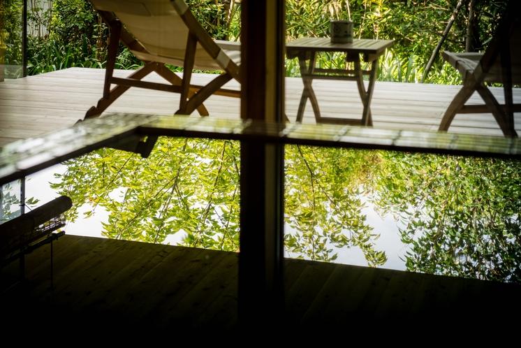 豊かな自然を独り占め出来る客室温泉