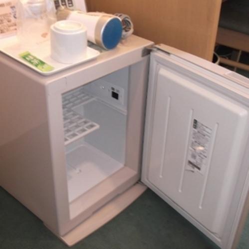 客室備え付け冷蔵庫