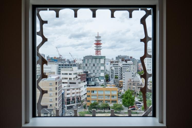 窓よりの景色