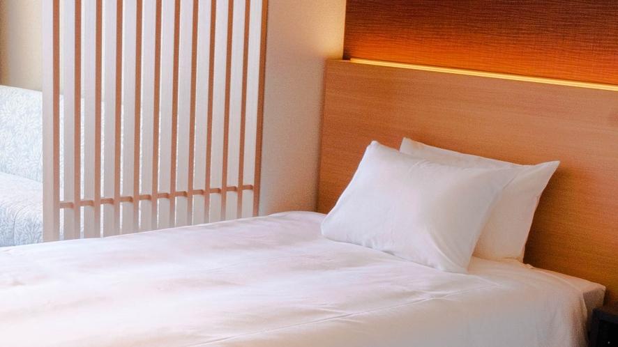津軽海峡を一望。感動する海側のお部屋もご用意しております。