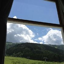 窓から見える風景