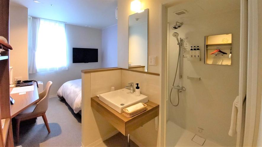 【レディースルーム】嬉しいシャワーブース、シンク、トイレ セパレート